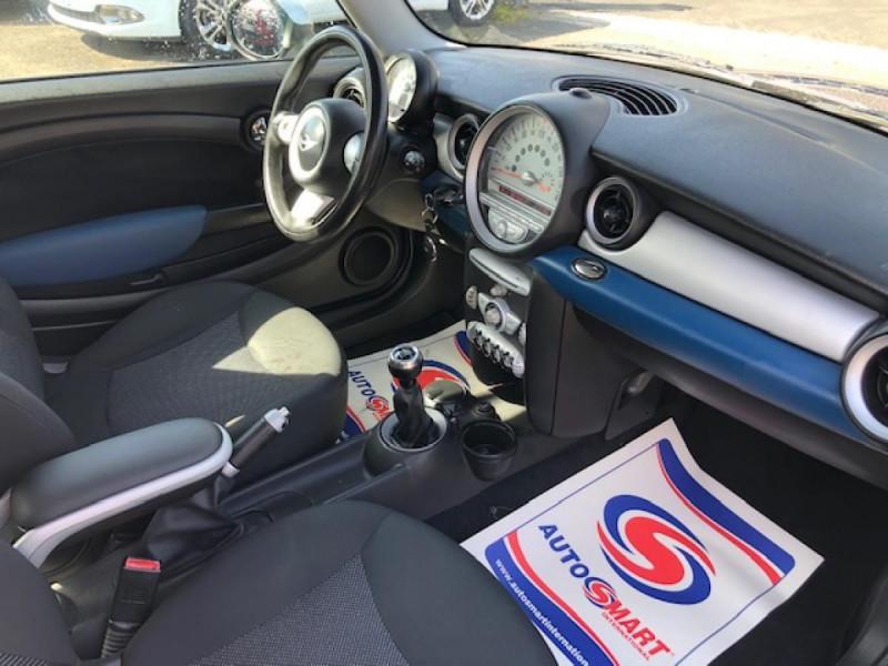 Photo 13 de l'offre de MINI MINI CLUBMAN COOPER D 1.6D110   à 6750€ chez Triplo auto