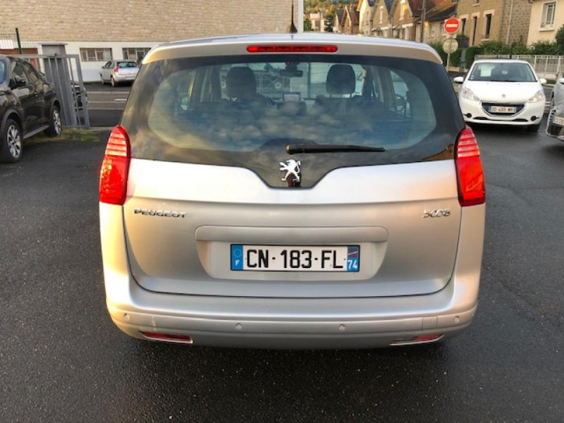 Photo 4 de l'offre de PEUGEOT 5008  1.6HDI112 5PL ALLURE GPS RADAR TOITPANO à 6490€ chez Triplo auto