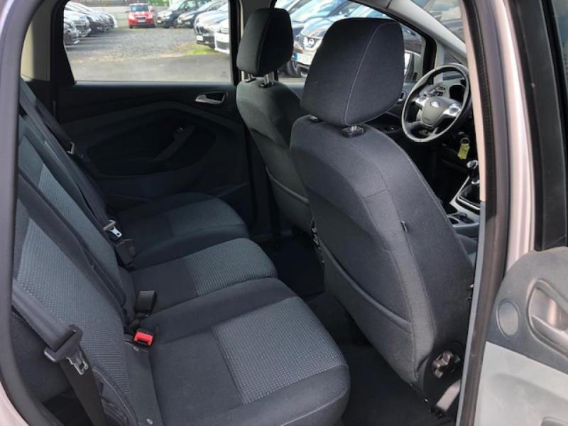 Photo 10 de l'offre de FORD C MAX 1.6 TDCI 95 TITANIUM 96343KM   ATTELAGE à 7990€ chez Triplo auto