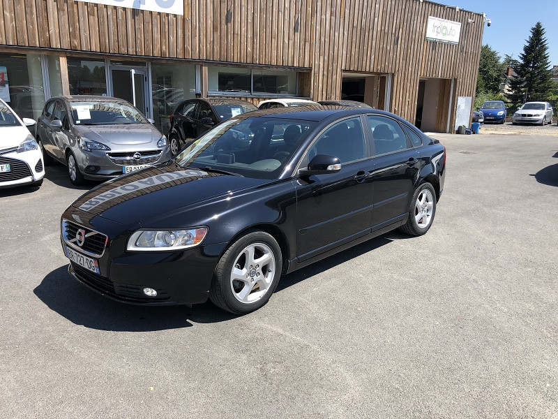 Volvo S40  D2 115  BUSINESS EDITION GPS RADAR 1ERE MAIN Diesel NOIR Occasion à vendre