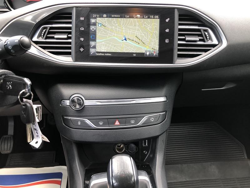 Photo 13 de l'offre de PEUGEOT 308  SWII 1.2I-110STYLE S&S GPS RADAR GAR6MOIS à 10990€ chez Triplo auto