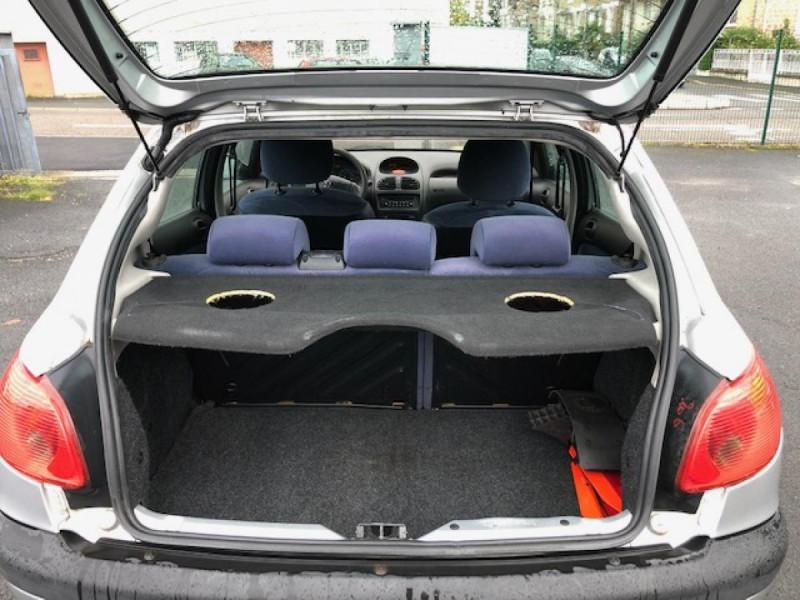 Photo 8 de l'offre de PEUGEOT 206  1.4HDI68  XLINE CLIM DISTRI OK GAR3MOIS à 2990€ chez Triplo auto