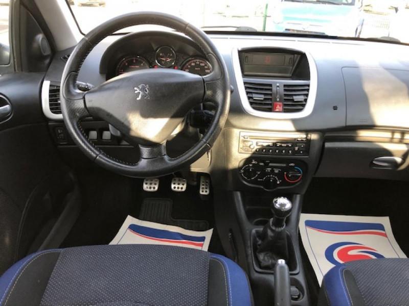 Photo 11 de l'offre de PEUGEOT 206  1.4 HDI70 URBAN MOVE  CLIM  à 5990€ chez Triplo auto