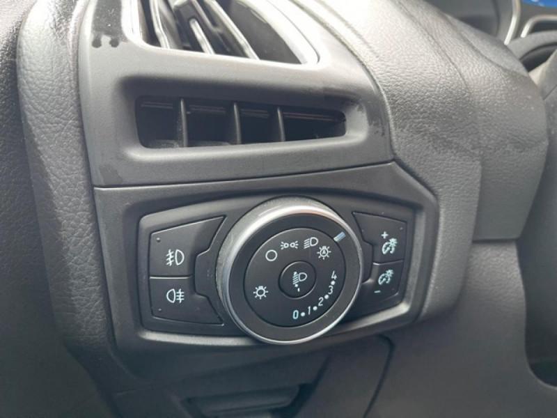 Photo 21 de l'offre de FORD FOCUS SW 1.6TDCI115 TITANIUM GPS  à 8990€ chez Triplo auto