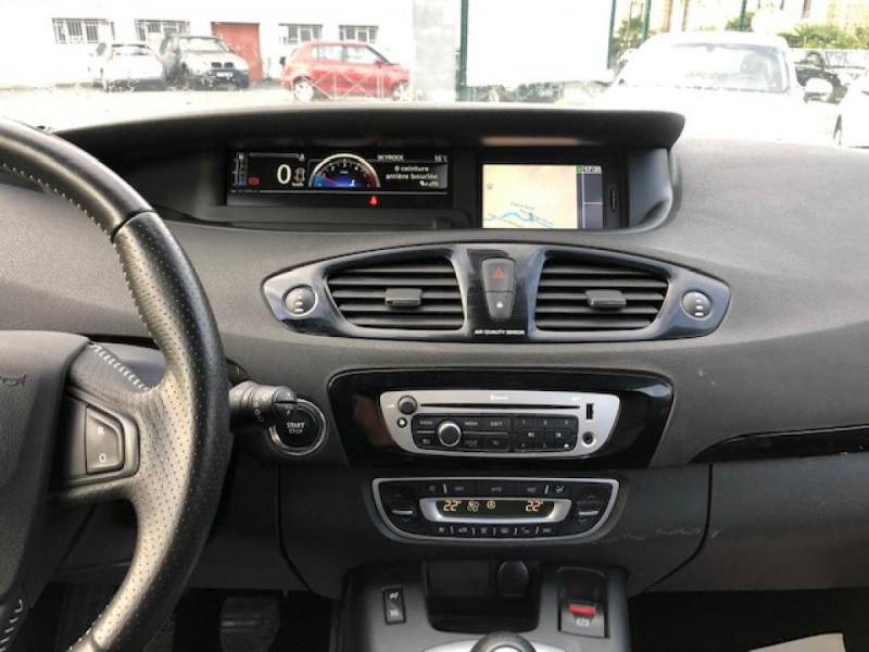 Photo 17 de l'offre de RENAULT SCENIC BOSE 1.6DCI 130  GPS  à 6990€ chez Triplo auto