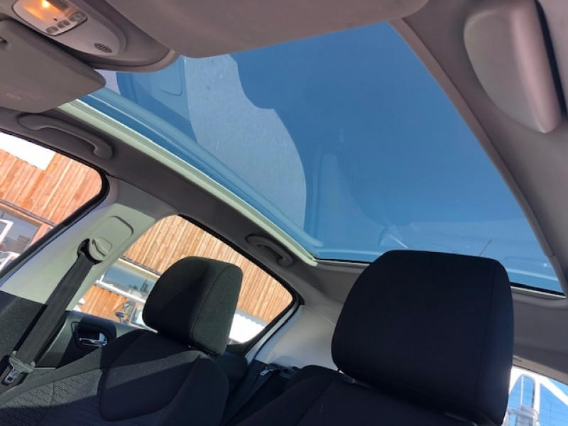 Photo 13 de l'offre de PEUGEOT 308  1.6 E-HDI 112 ALLURE GPS ATTELAGE à 7490€ chez Triplo auto