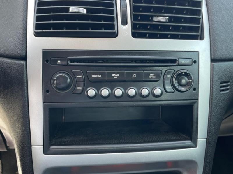 Photo 16 de l'offre de PEUGEOT 307  SW 1.6 HDI 16V FAP - 110  SW BREAK SPORT PHASE 2 à 4990€ chez Triplo auto