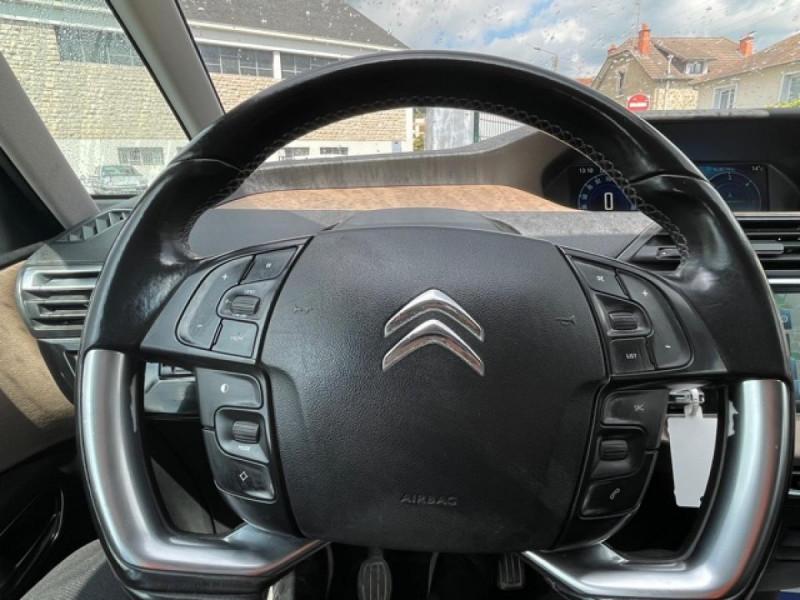 Photo 18 de l'offre de CITROEN C4 PICASSO 1.6 E-HDI115 INTENSIVE GPS RADAR 1ERE MAIN CARNET A JOUR à 8250€ chez Triplo auto
