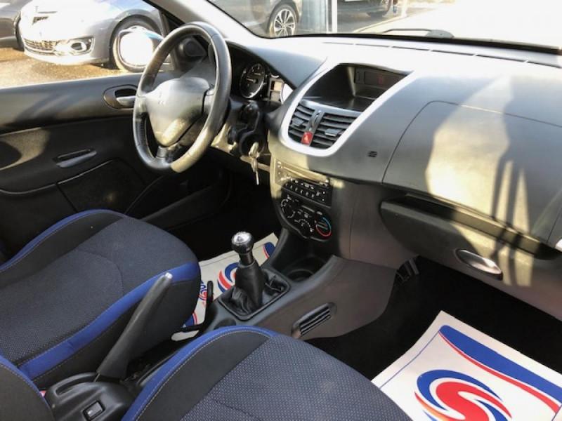Photo 10 de l'offre de PEUGEOT 206  1.4 HDI70 URBAN MOVE  CLIM  à 5990€ chez Triplo auto