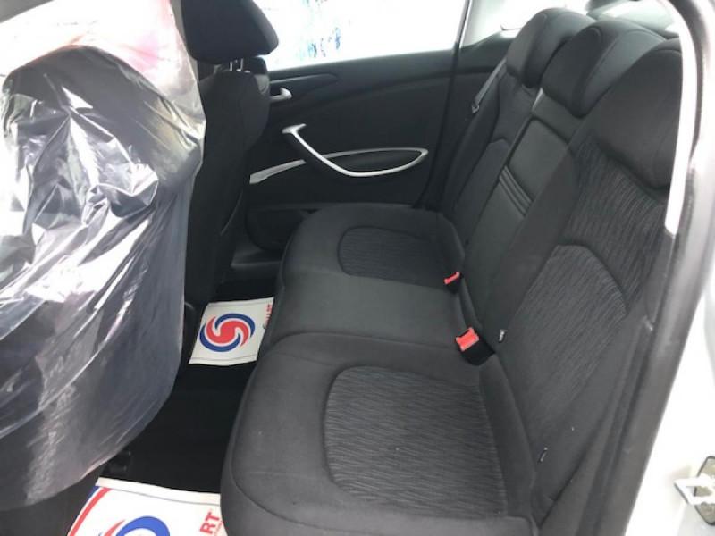 Photo 10 de l'offre de CITROEN C5 1.6HDI112 CONFORT RADAR AV AR DISTRI OK à 5490€ chez Triplo auto