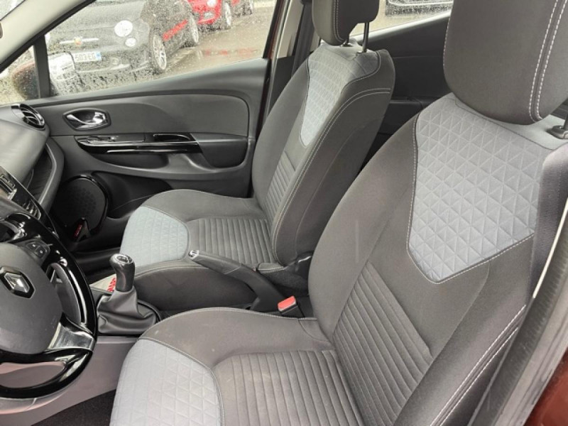 Photo 12 de l'offre de RENAULT CLIO 1.5DCI-90ZEN GPS DISTRI OK à 8490€ chez Triplo auto