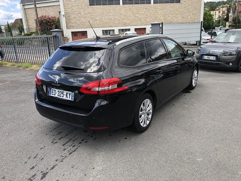 Photo 4 de l'offre de PEUGEOT 308  SWII 1.2I-110STYLE S&S GPS RADAR GAR6MOIS à 10990€ chez Triplo auto