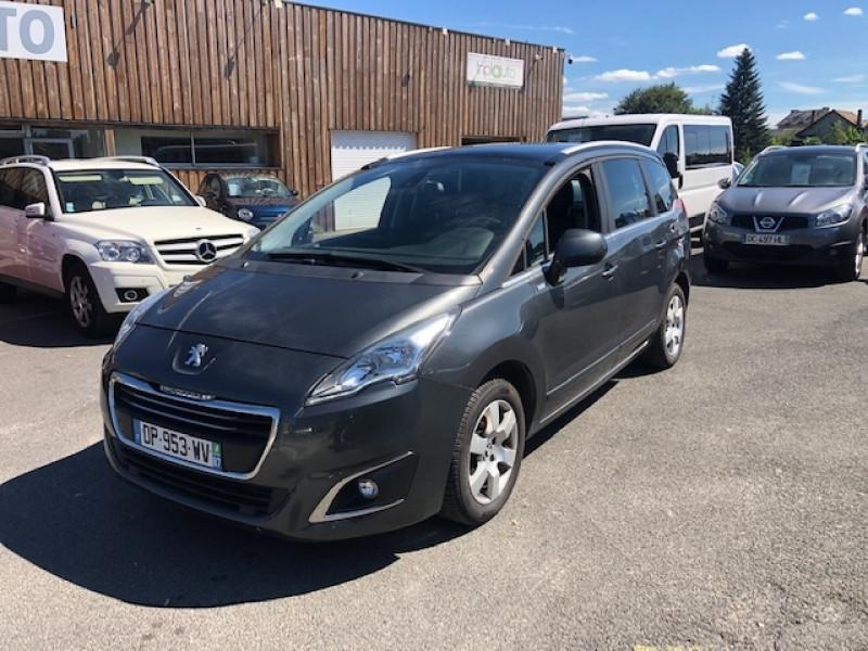 Photo 1 de l'offre de PEUGEOT 5008 7P 1.6HDI115  ACTIVE RADAR ATTELAGE à 8490€ chez Triplo auto