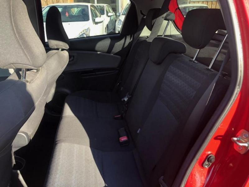 Photo 10 de l'offre de TOYOTA YARIS 1.3VVT-I100 LOUNGE GPS CAMERA RECUL à 7990€ chez Triplo auto