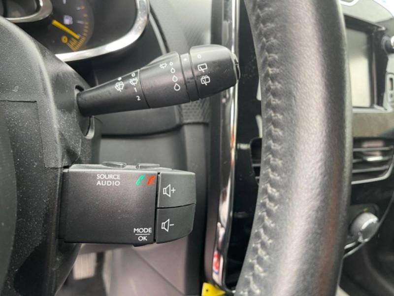 Photo 21 de l'offre de RENAULT CLIO 1.5DCI-90ZEN GPS DISTRI OK à 8490€ chez Triplo auto