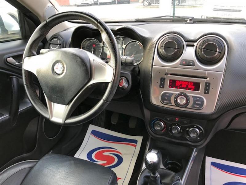 Photo 11 de l'offre de ALFA ROMEO MITO 1.3JTDM-95 S/S DISTINCTIVE CUIR CLIM à 5990€ chez Triplo auto