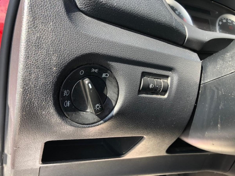 Photo 16 de l'offre de SKODA FABIA 1.9 TDI105 RS LINE CLIM GAR3M DISTRI OK à 4990€ chez Triplo auto