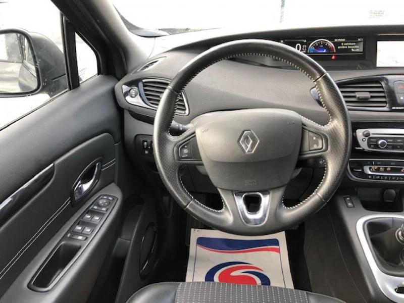 Photo 16 de l'offre de RENAULT SCENIC BOSE 1.6DCI 130  GPS  à 6990€ chez Triplo auto
