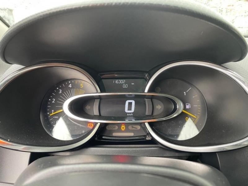 Photo 17 de l'offre de RENAULT CLIO 1.5DCI-90ZEN GPS DISTRI OK à 8490€ chez Triplo auto