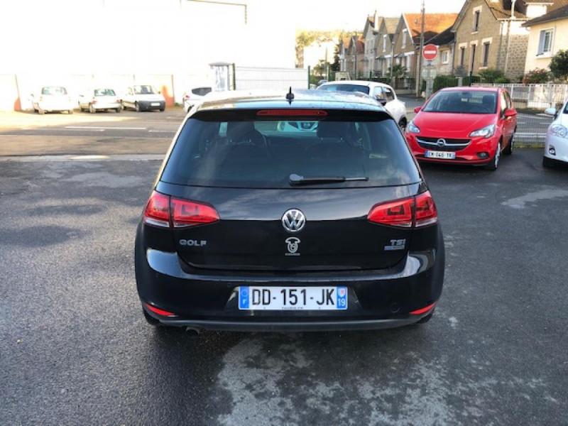 Photo 4 de l'offre de VOLKSWAGEN GOLF 1.2 TSI 105 CARAT GPS RADAR AV AR  - BLUEMOTION  à 11750€ chez Triplo auto