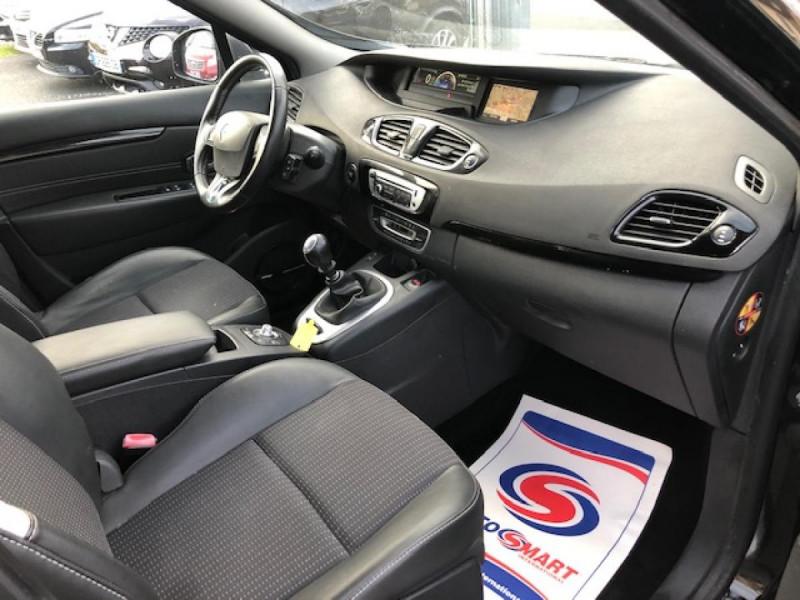 Photo 14 de l'offre de RENAULT SCENIC BOSE 1.6DCI 130  GPS  à 6990€ chez Triplo auto