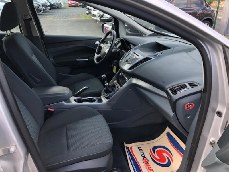 Photo 11 de l'offre de FORD C MAX 1.6 TDCI 95 TITANIUM 96343KM   ATTELAGE à 7990€ chez Triplo auto