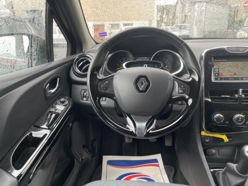 Photo 16 de l'offre de RENAULT CLIO 1.5DCI-90ZEN GPS DISTRI OK à 8490€ chez Triplo auto
