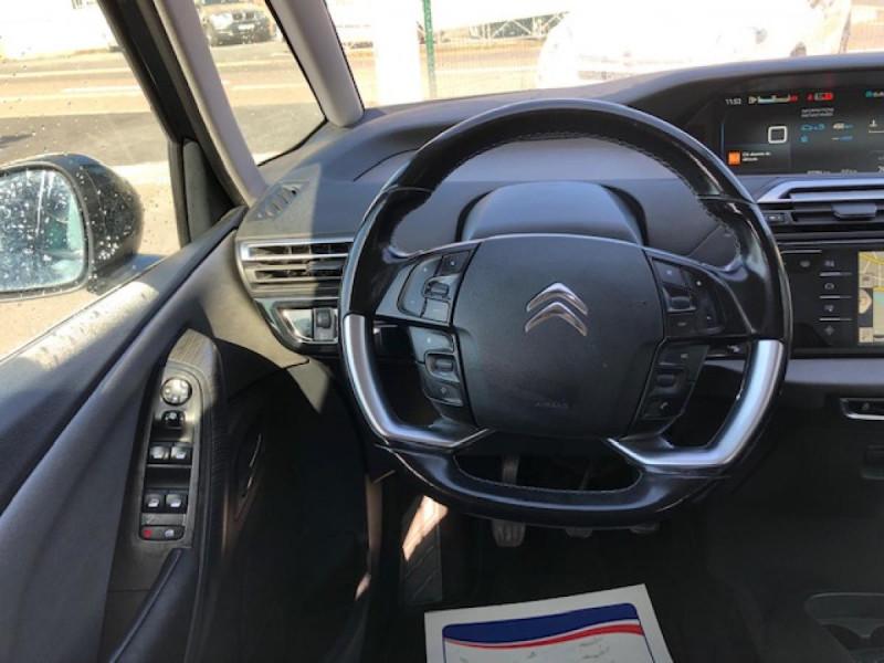 Photo 16 de l'offre de CITROEN C4 PICASSO 1.6 BHDI 120 7PLACES S&S INTENSIVE GPS RADAR à 13390€ chez Triplo auto