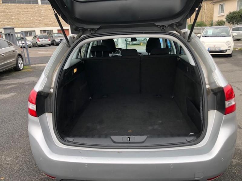 Photo 9 de l'offre de PEUGEOT 308  SW 1.6 HDI 92 ACTIVE GPS RADAR à 7490€ chez Triplo auto