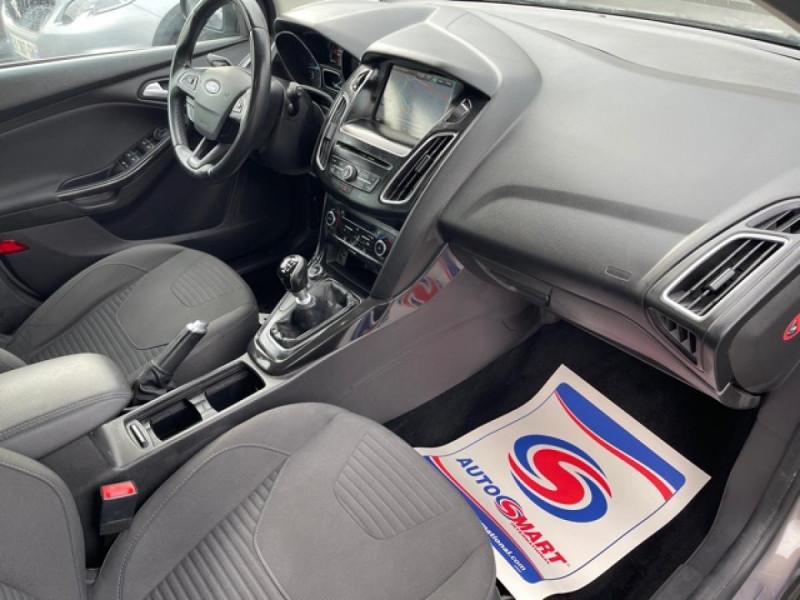 Photo 13 de l'offre de FORD FOCUS SW 1.6TDCI115 TITANIUM GPS  à 8990€ chez Triplo auto