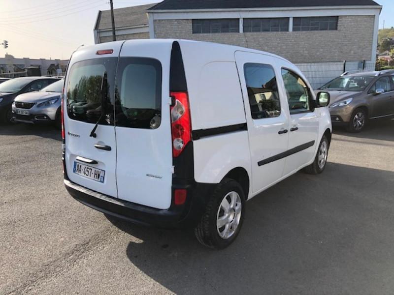 Photo 5 de l'offre de RENAULT KANGOO L1 1.5 DCI - 70  II EXPRESS FOURGON CONFORT CLIM à 6490€ chez Triplo auto