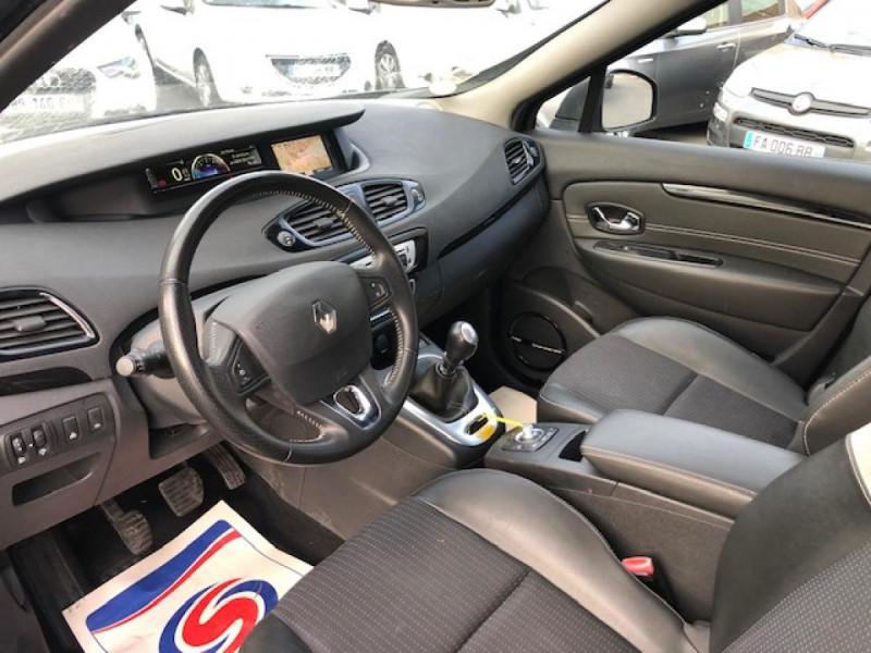 Photo 13 de l'offre de RENAULT SCENIC BOSE 1.6DCI 130  GPS  à 6990€ chez Triplo auto