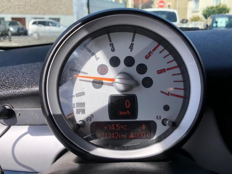 Photo 19 de l'offre de MINI MINI CLUBMAN COOPER D 1.6D110   à 6750€ chez Triplo auto