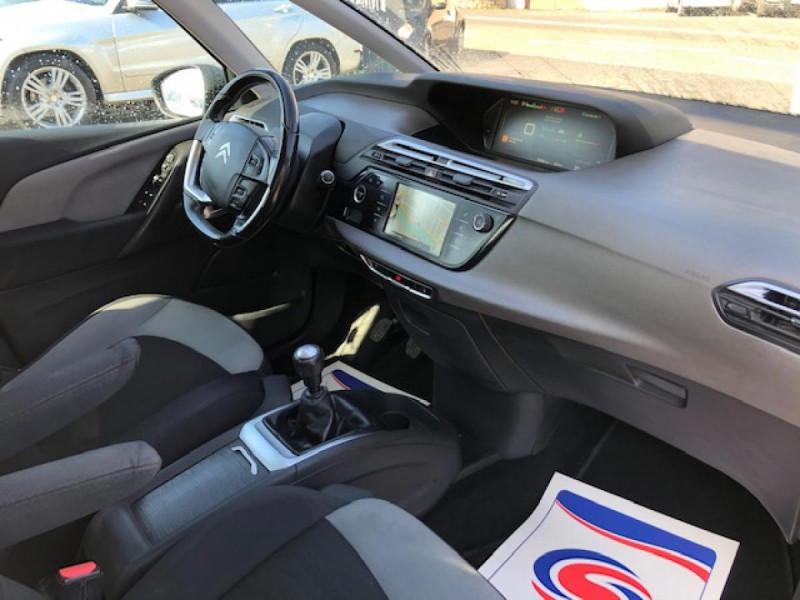 Photo 12 de l'offre de CITROEN C4 PICASSO 1.6 BHDI 120 7PLACES S&S INTENSIVE GPS RADAR à 13390€ chez Triplo auto