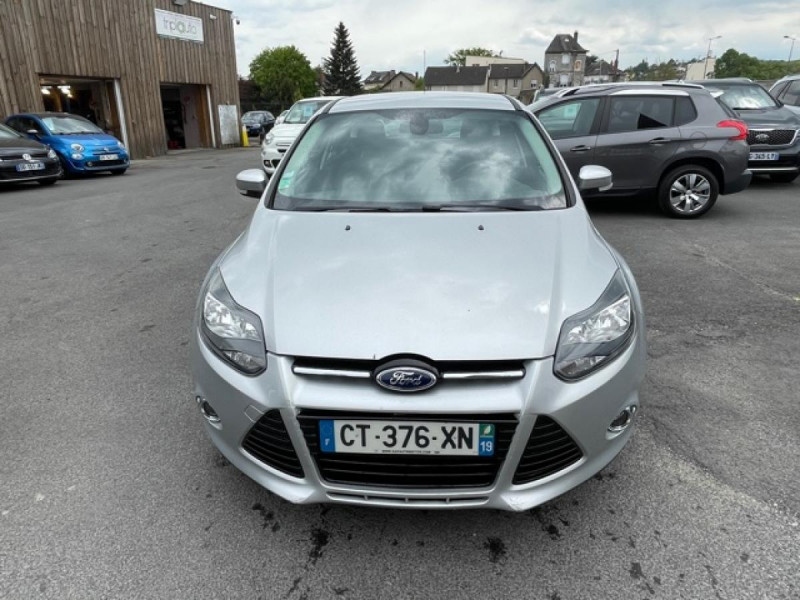 Photo 8 de l'offre de FORD FOCUS 2.0TDCI115-BVA POWERSHIFT  TITANIUM CLIM RADAR à 8990€ chez Triplo auto
