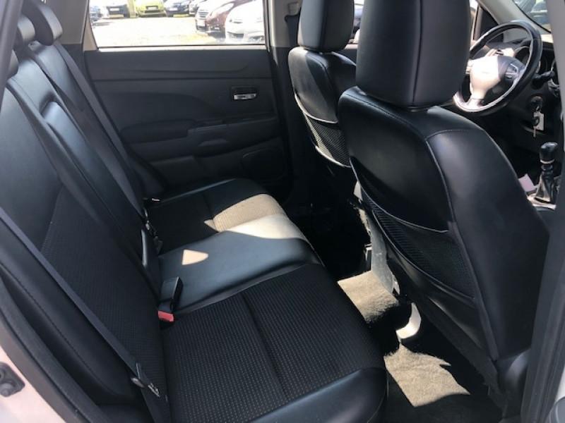 Photo 8 de l'offre de CITROEN C4 AIRCROSS 1.6E-HDI115 S&S CONFORT CLIM CARNET ENTRETIEN A JOUR à 8490€ chez Triplo auto