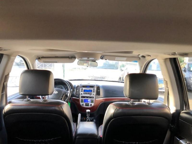 Photo 9 de l'offre de HYUNDAI SANTA FE 2.2 CRDI 155 4X4 7PL EXECUTIVE CUIR RADAR RECUL à 8990€ chez Triplo auto