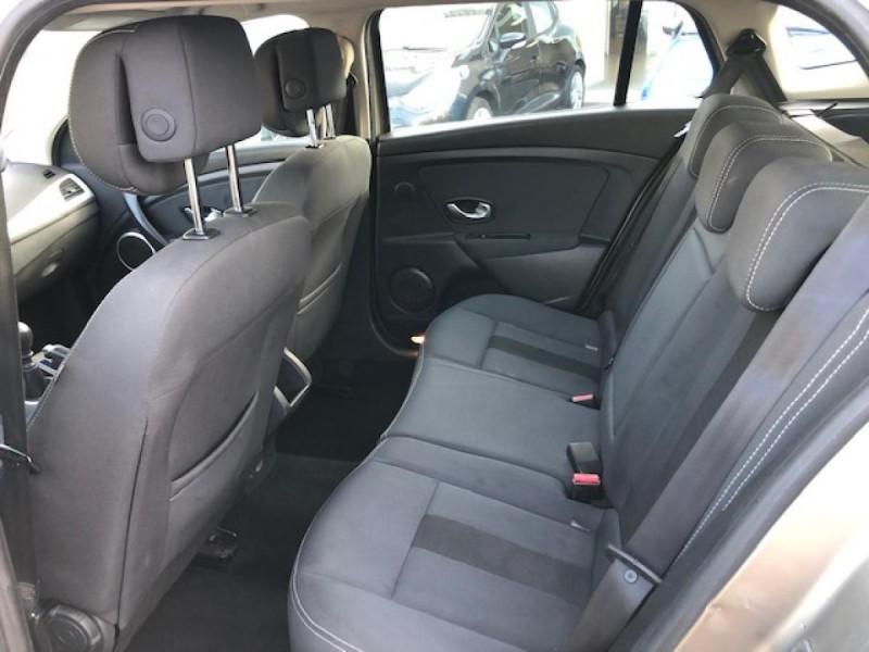 Photo 11 de l'offre de RENAULT MEGANE 1.5 DCI105 DYNAMIQUE CLIM   DISTRI OK   1ERE MAIN à 5490€ chez Triplo auto
