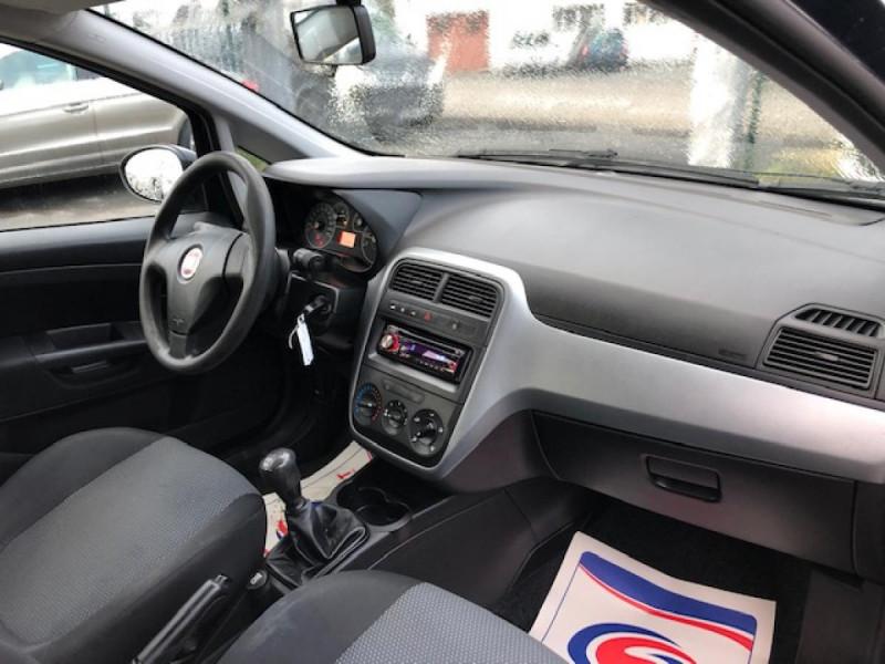 Photo 9 de l'offre de FIAT GRANDE PUNTO/PUNTO EVO 1.3 MJT5 S&S CULT 1ERE MAIN ENTRETIEN OK à 5990€ chez Triplo auto