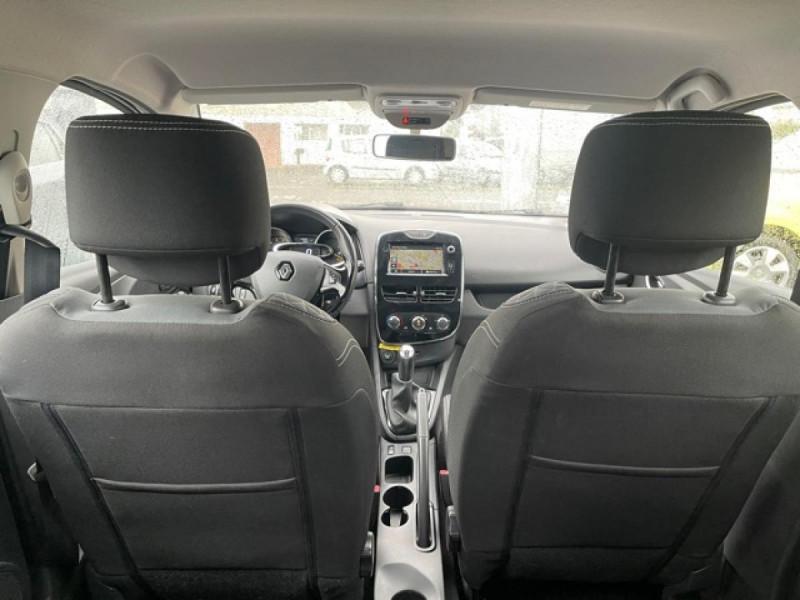 Photo 10 de l'offre de RENAULT CLIO 1.5DCI-90ZEN GPS DISTRI OK à 8490€ chez Triplo auto