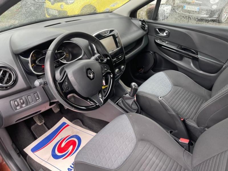 Photo 13 de l'offre de RENAULT CLIO 1.5DCI-90ZEN GPS DISTRI OK à 8490€ chez Triplo auto