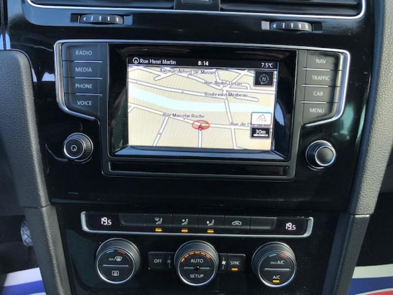 Photo 19 de l'offre de VOLKSWAGEN GOLF 1.2 TSI 105 CARAT GPS RADAR AV AR  - BLUEMOTION  à 11750€ chez Triplo auto