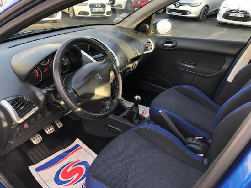Photo 9 de l'offre de PEUGEOT 206  1.4 HDI70 URBAN MOVE  CLIM  à 5990€ chez Triplo auto