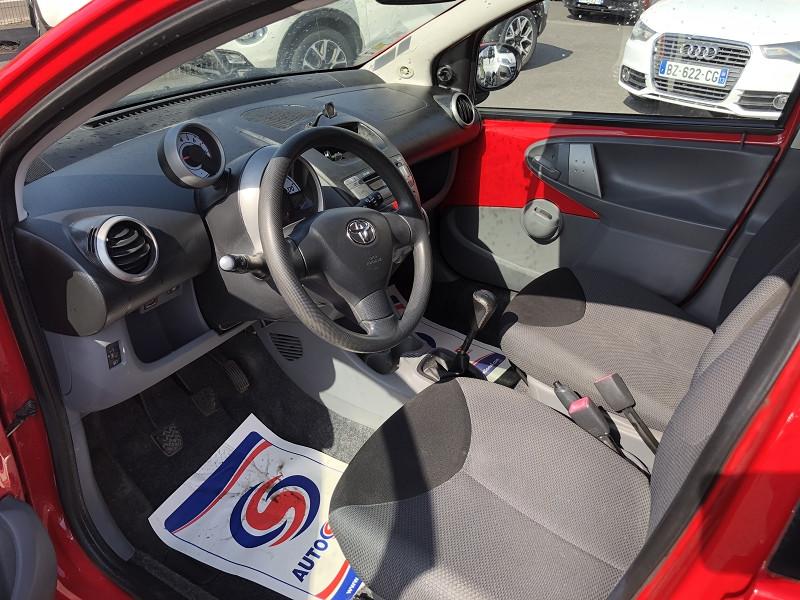 Photo 9 de l'offre de TOYOTA AYGO 1.0 68 CONFORT CLIM 5PORTES GAR3MOIS à 3490€ chez Triplo auto