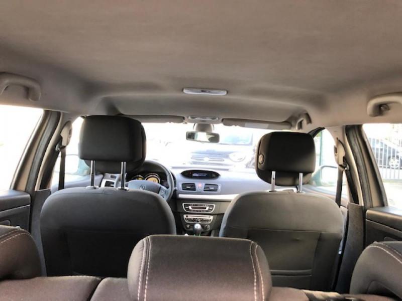 Photo 10 de l'offre de RENAULT MEGANE 1.5 DCI105 DYNAMIQUE CLIM   DISTRI OK   1ERE MAIN à 5490€ chez Triplo auto