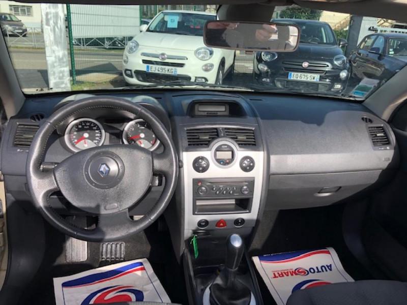 Photo 18 de l'offre de RENAULT MEGANE MéGANE CC 1.6I 16V - 116  II CC SPORT DYNAMIQUE  à 3990€ chez Triplo auto