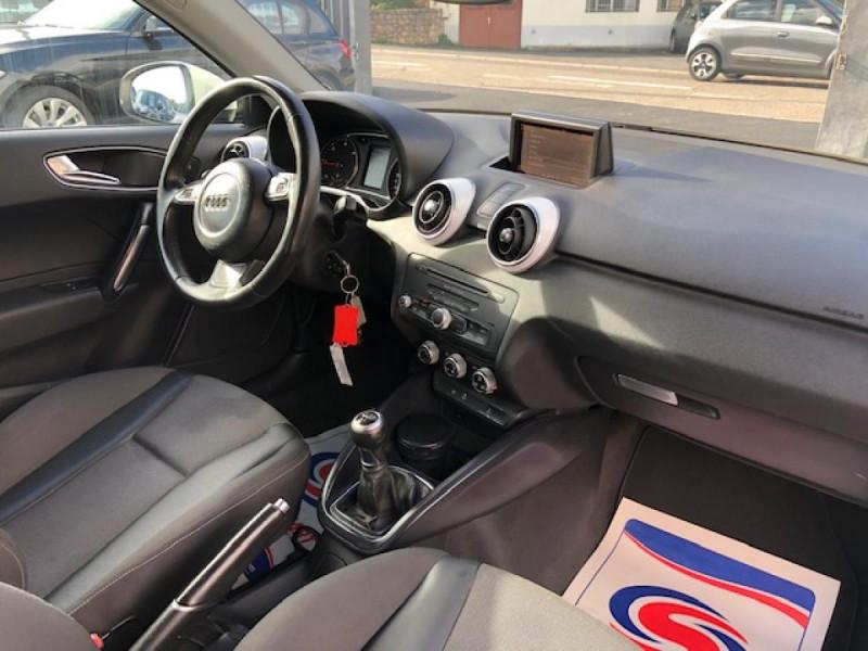 Photo 12 de l'offre de AUDI A1 1.6TDI105  AMBITION CLIM RADAR DISTRI OK à 8990€ chez Triplo auto