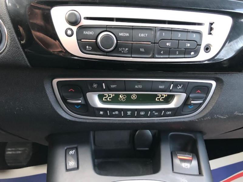 Photo 18 de l'offre de RENAULT SCENIC BOSE 1.6DCI 130  GPS  à 6990€ chez Triplo auto