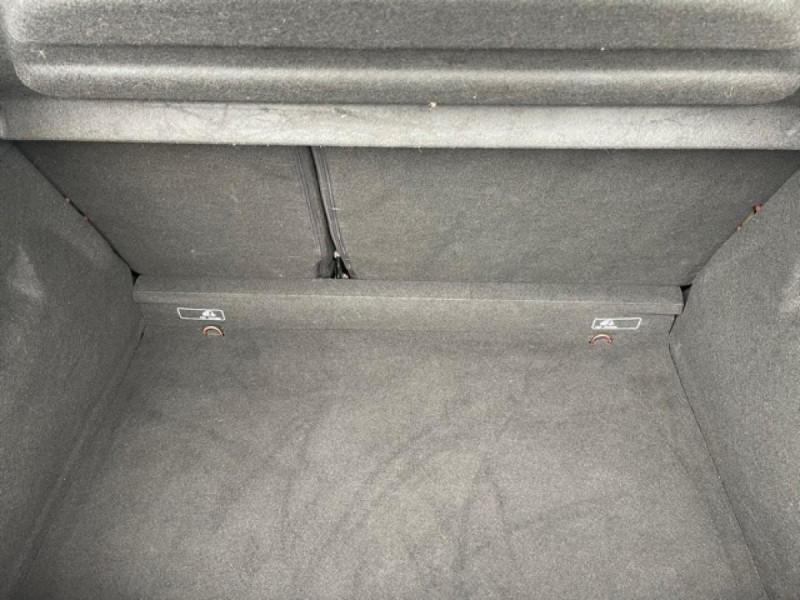 Photo 9 de l'offre de RENAULT CLIO 1.5DCI-90ZEN GPS DISTRI OK à 8490€ chez Triplo auto