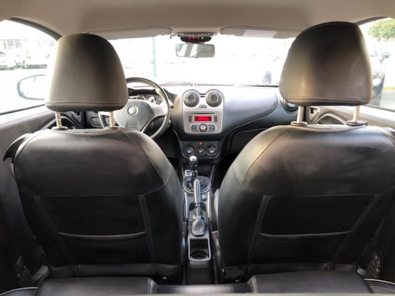 Photo 12 de l'offre de ALFA ROMEO MITO 1.3JTDM-95 S/S DISTINCTIVE CUIR CLIM à 5990€ chez Triplo auto
